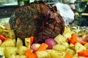 Red Wine Steamed Eye of Round Roast with Root Vegetables ...