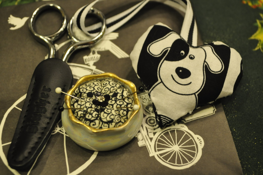 Pin Cushion & Scissors Fob